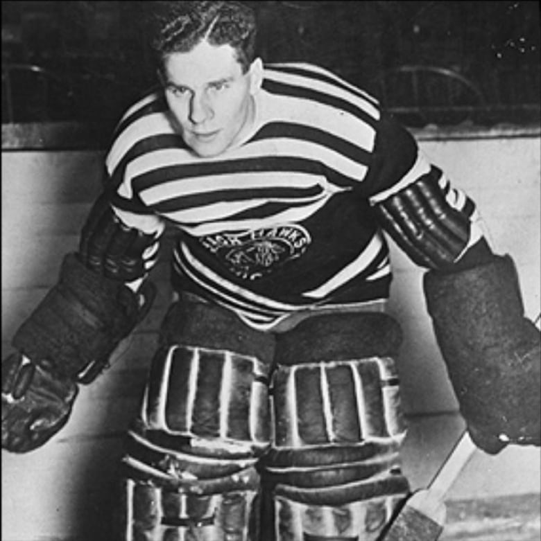 Shortly after helping the Chicago Blackhawks win the Stanley Cup in 1934 59ed9dc6e