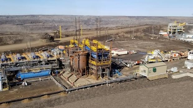 'Goose bumps': CNRL develops oilsands mining idea that eliminates tailings ponds | CBC News