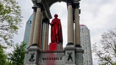 Sir John A. Macdonald statue Montreal