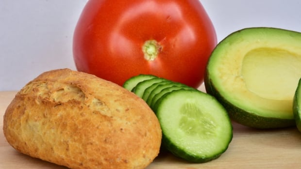 Low-carb diets associated with lower life expectancy, study suggests   CBC News