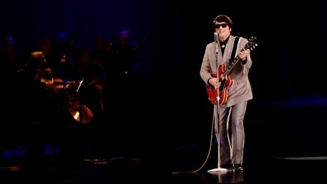 roy orbison died 30 years ago but will perform a toronto concert as a hologram
