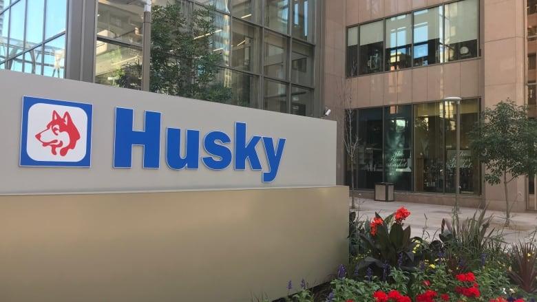 Husky Energy announces layoffs