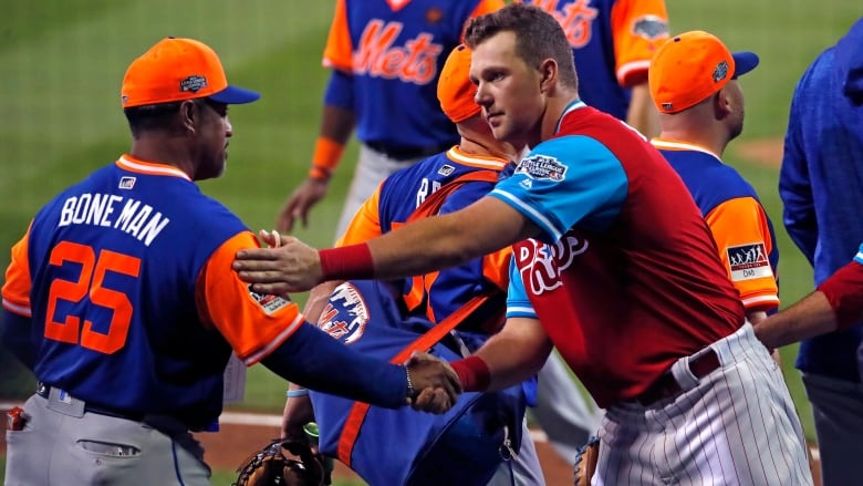 269d975f4 Rosario leads Mets past Phillies in Little League Classic