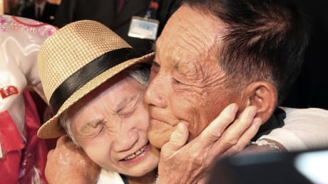 APTOPIX North Korea Koreas Family Reunions