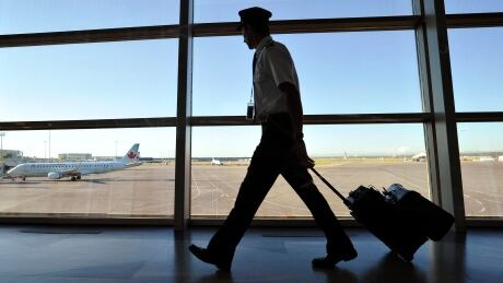 Class action lawsuit accuses Calgary airport of misleading passengers over improvement fees