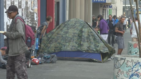 Smoky skies in Metro Vancouver hurting homeless people
