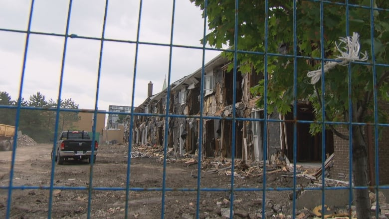 Aging OCH rowhouses to make way for new tower | CBC News