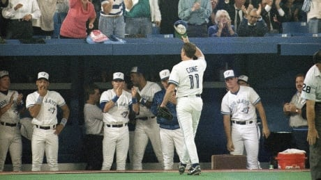 David Cone waves to crowd in 1992 ALCS championship