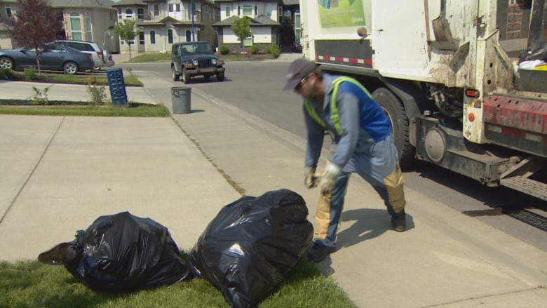Garbage Tour 2020 Edmonton could set four bag garbage limit by 2020 | CBC News