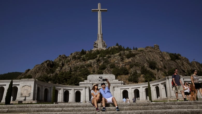Spain to Exhume Former Dictator Franco