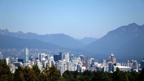 Smoky air returns to South Coast as B.C. wildfires continue to burn
