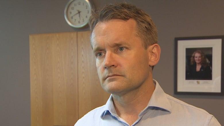 Veterans activist gets OK to press $25K libel suit against Seamus O'Regan