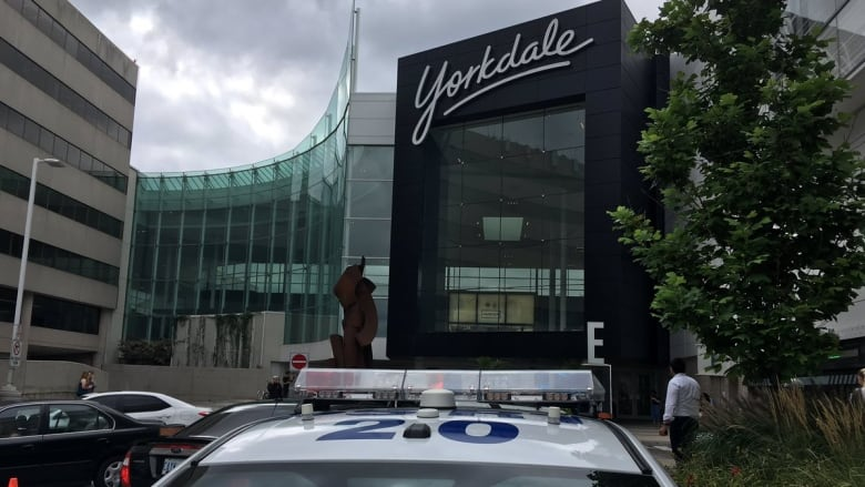 Shooting at Yorkdale Shopping Centre in Toronto, no injuries