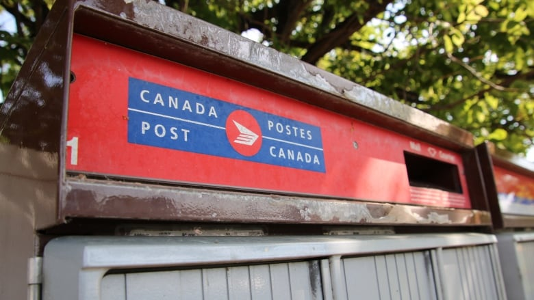 A question of fairness': Clock runs out for Canada Post