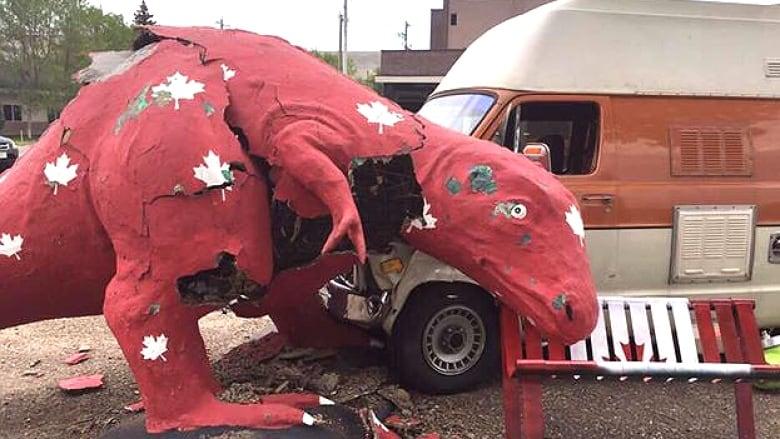 c14374a356c6 Drumheller dinosaur statues need saving after slight  mass ...