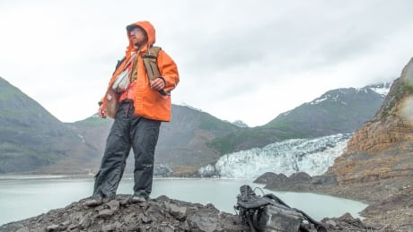 Melting glaciers are triggering the world's biggest tsunamis, posing growing threat to B.C. thumbnail