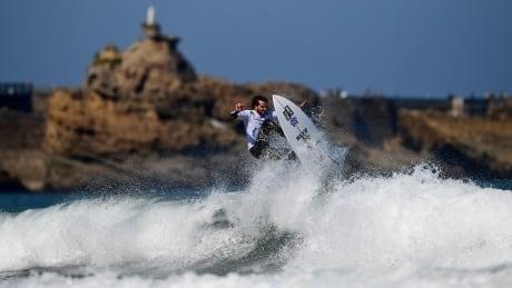 Watch the 2018 ISA World Surfing Games