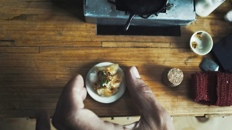 This artist is serious about his tiny food, and you will