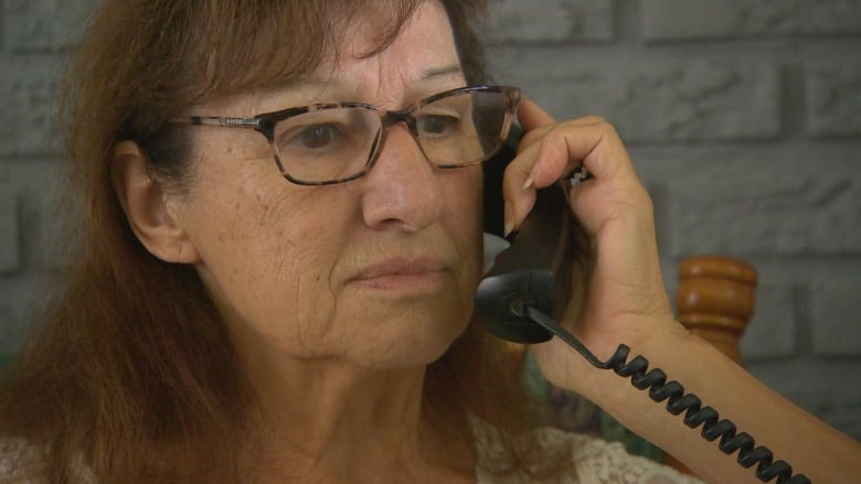 You don't want to tell anybody': Winnipeg senior describes scam