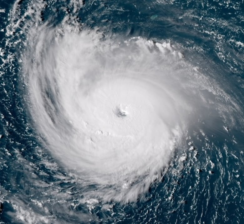 1.5m to evacuate as Hurricane Florence approaches US