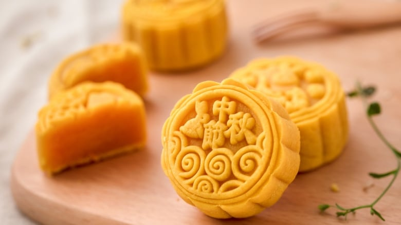You'll be over the moon for these Mid-Autumn Festival treats | CBC News