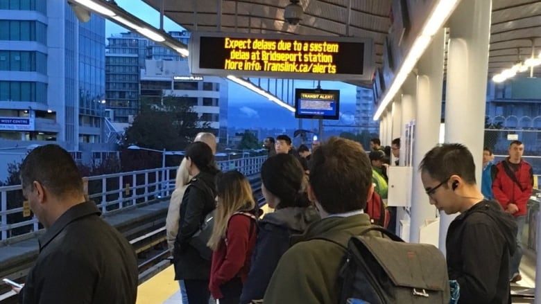 Canada Line track issue causes morning delays in Richmond
