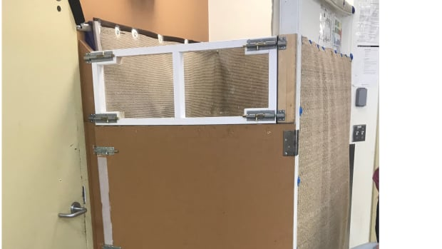 Seclusion rooms used over 700 times in 1 month at Edmonton public schools: report   CBC News