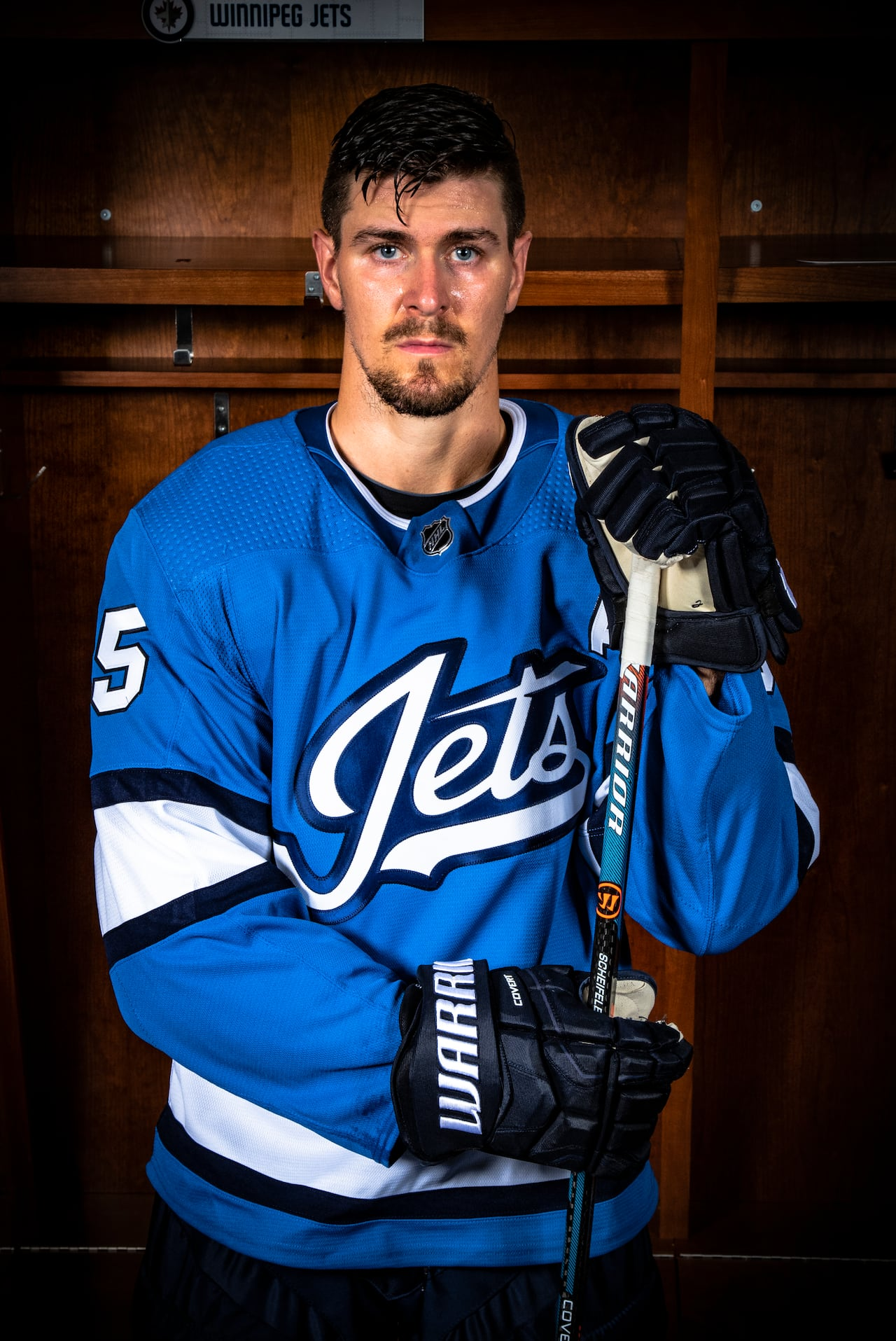 new concept 7ee7c 16497 Winnipeg Jets unveil jersey in aviator blue, with new script ...