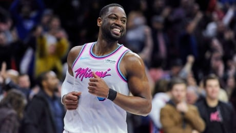 Dwyane Wade decides to return for 16th — and final — NBA season