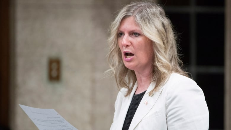 Leona Alleslev leaves Liberals, crosses floor to sit as Conservative MP