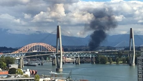 Industrial fire shuts down part of Highway 17 in Surrey