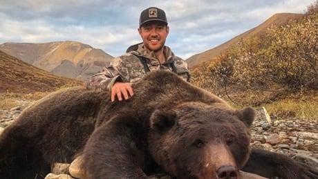 Yukon Grizzly Hunt 20180917