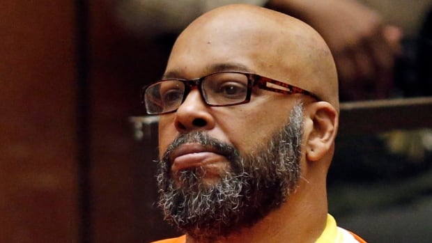 Former rap mogul Suge Knight pleads to manslaughter, will serve nearly 30 years | CBC News