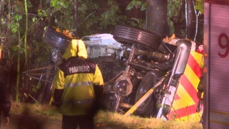 1 dead in rollover crash during 'torrential downpour' in Burnaby