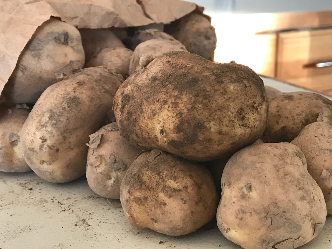картофель сено река