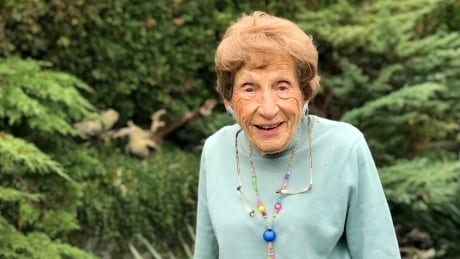 100-year-old Vancouverite set to become world's oldest curler