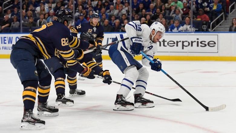 Maple-leafs-sabres-hockey