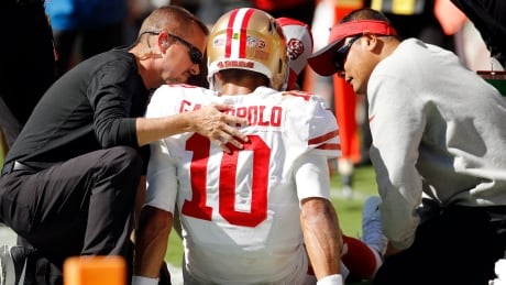 NFL roundup: 49ers fear star QB Jimmy Garoppolo tore ACL