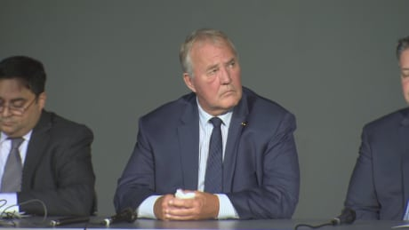 Bill Blair discusses safety, gun violence in Toronto town hall