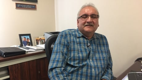 Inuvik mayor steps down after 12 years on council