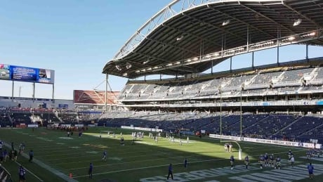 Winnipeg Blue Bombers look to stage NFL exhibition game