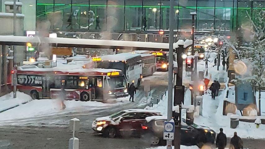 Record snowfall wallops Calgary in 1st storm of season   CBC