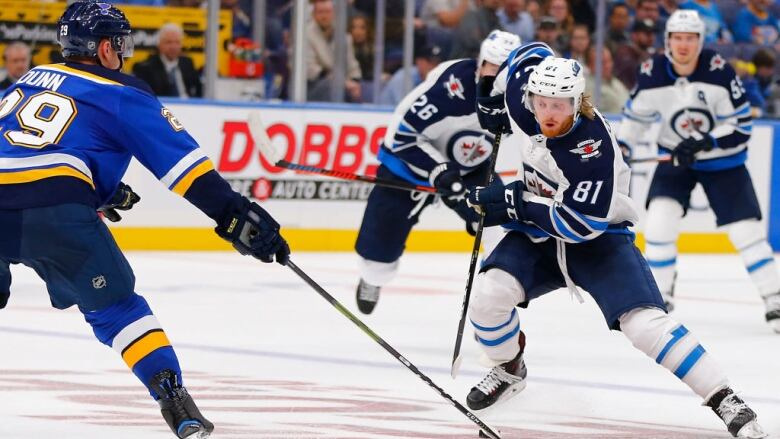 Jets Fly Past Blues With Furious 4-goal 3rd Period