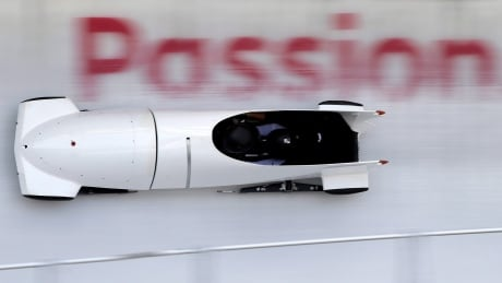 russia-bobsled-winter-olympics-021818-620