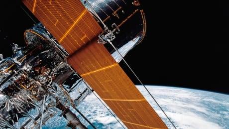 the hubble space telescope is broken