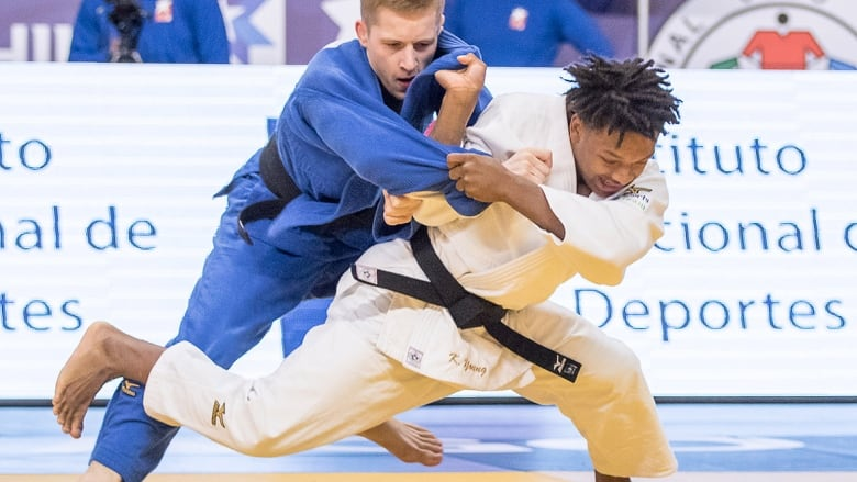 Keagan Young claims Canada's 1st medal at Youth Olympic
