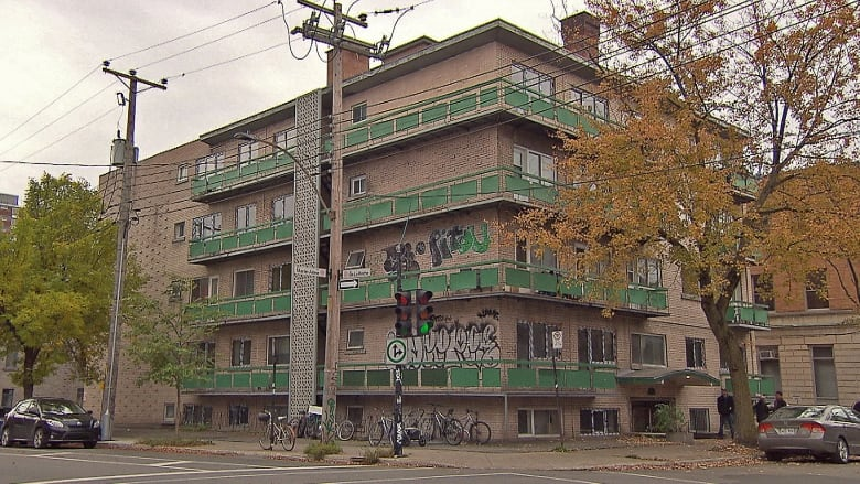 Developer vows to make condemned building 39 brand new 39 now - Appartement meuble plateau mont royal ...