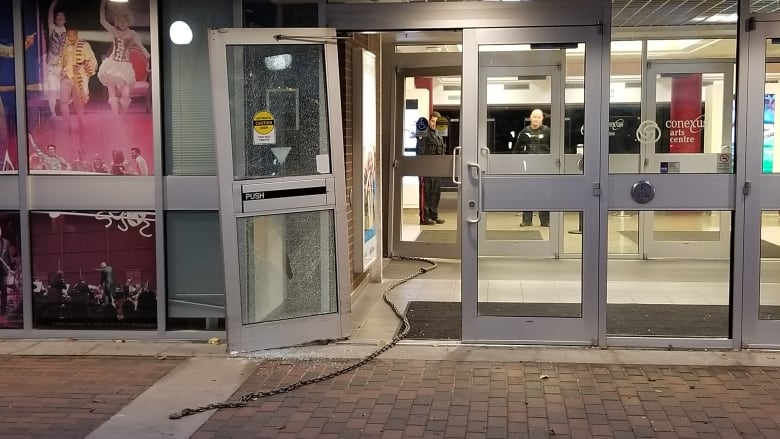 Security guard describes attempted ATM heist at Conexus Arts