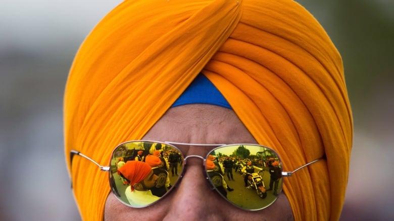 Ontario to allow turban-wearing Sikhs to ride motorcycles