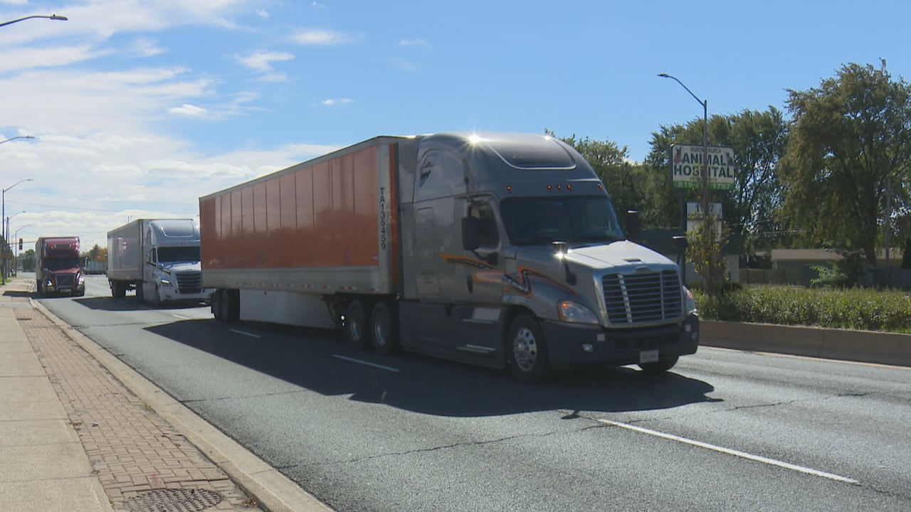Trucking Jobs Calgary >> Why The Ontario Trucking Association Wants Foreign Workers To Fill